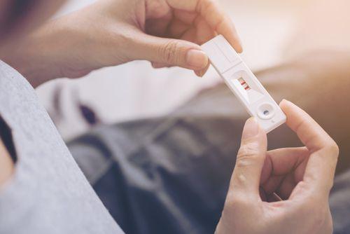 Príznaky tehotnosti, tehotenský test