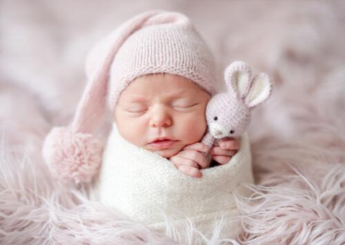 Nárok na príspevok pri narodení nevznikne, ak matka nechodila na tehotenské poradne.