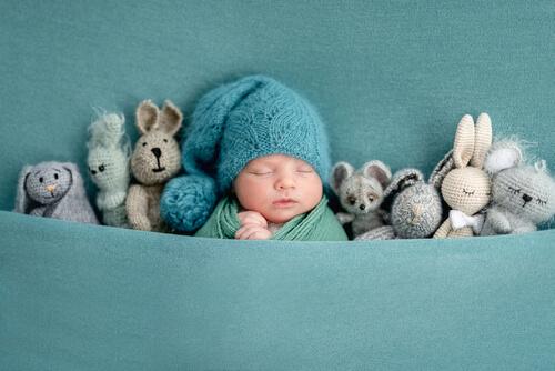 Príspevok pri narodení dieťaťa vypláca štát aj niektoré obce.
