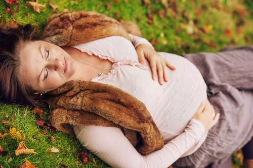 Tehotenstvo vo vyššom veku môže ženám predĺžiť život